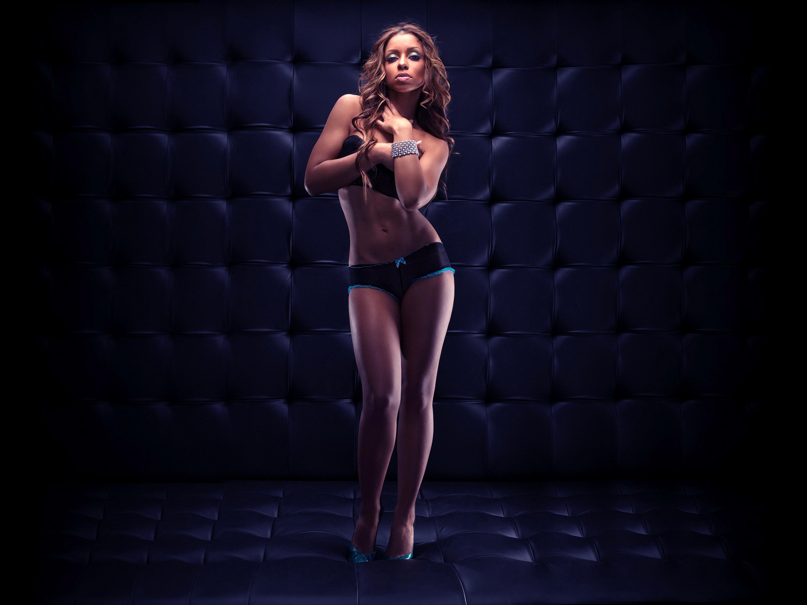 Француженка танцует у негра 5 фотография