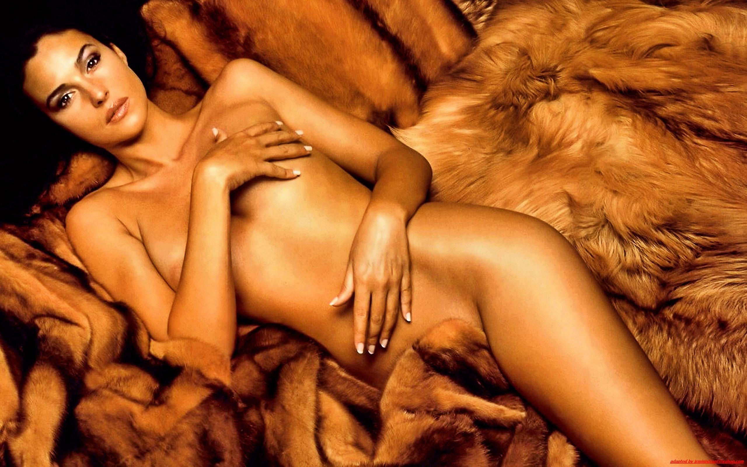 Секс с моника бенс 9 фотография