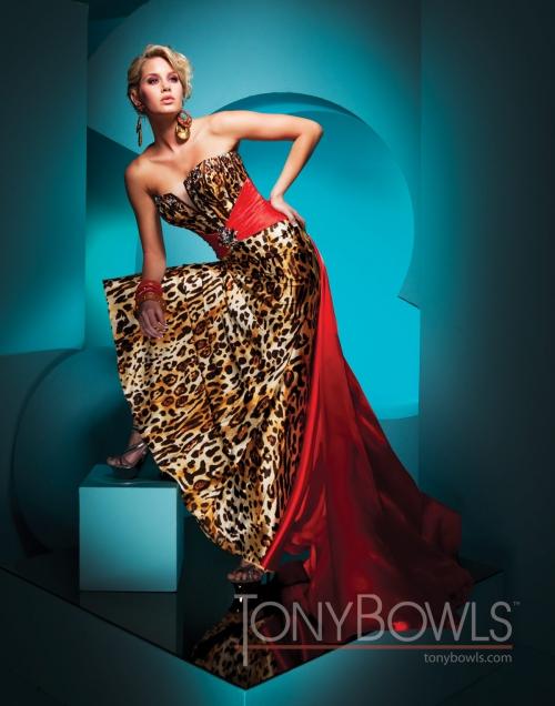Вечерние платья Tony Bowls - часть 4 (49 фото) (эротика)
