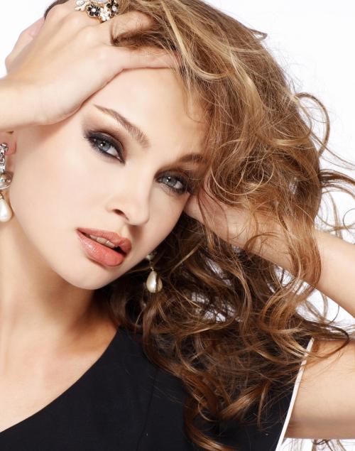 Анна Пославская / Anna Poslavskaya -«Мисс Украина-Вселенная 2010» (13 картинок)