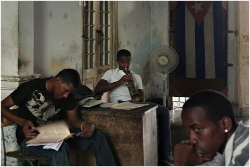 Фотожурналист Сергей Максимишин. Куба. Музыкальная школа (18 картинок)