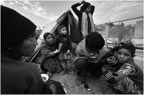 Фотожурналист Сергей Максимишин. Уличные акробаты из Индии в Катманду (12 картинок)