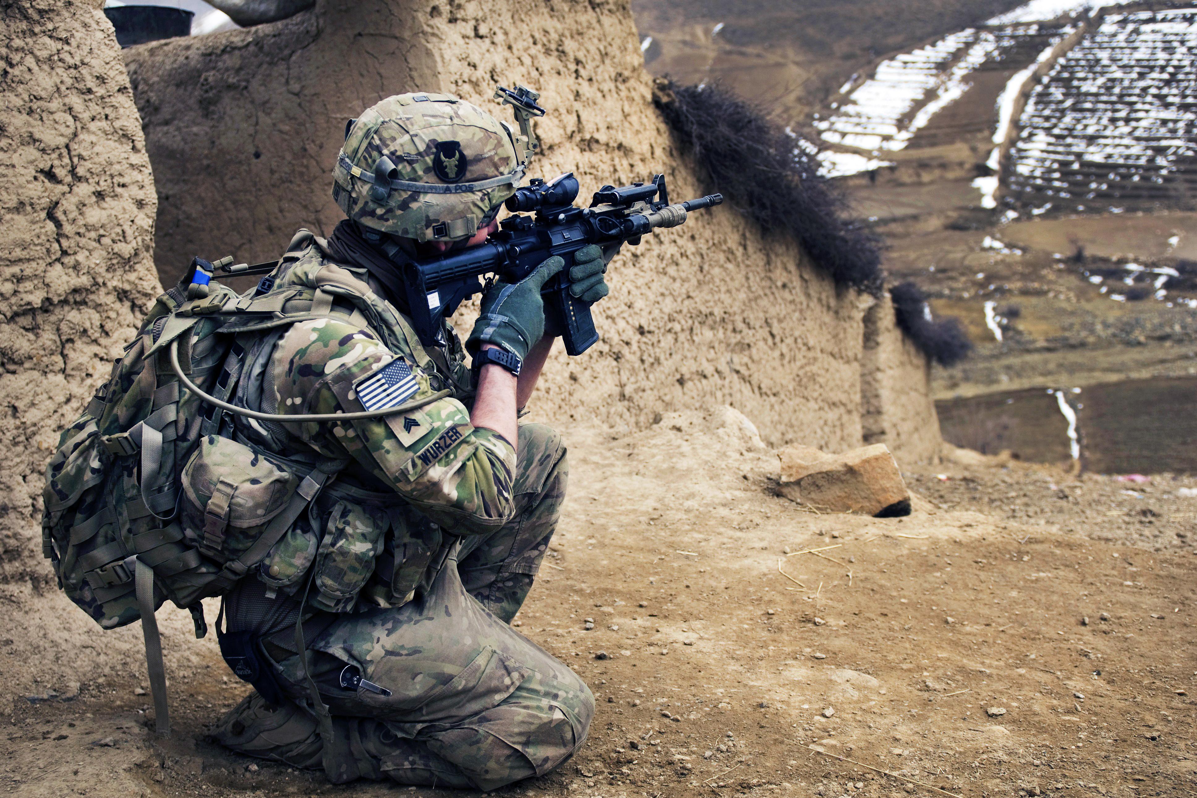 Солдаты На Телефон
