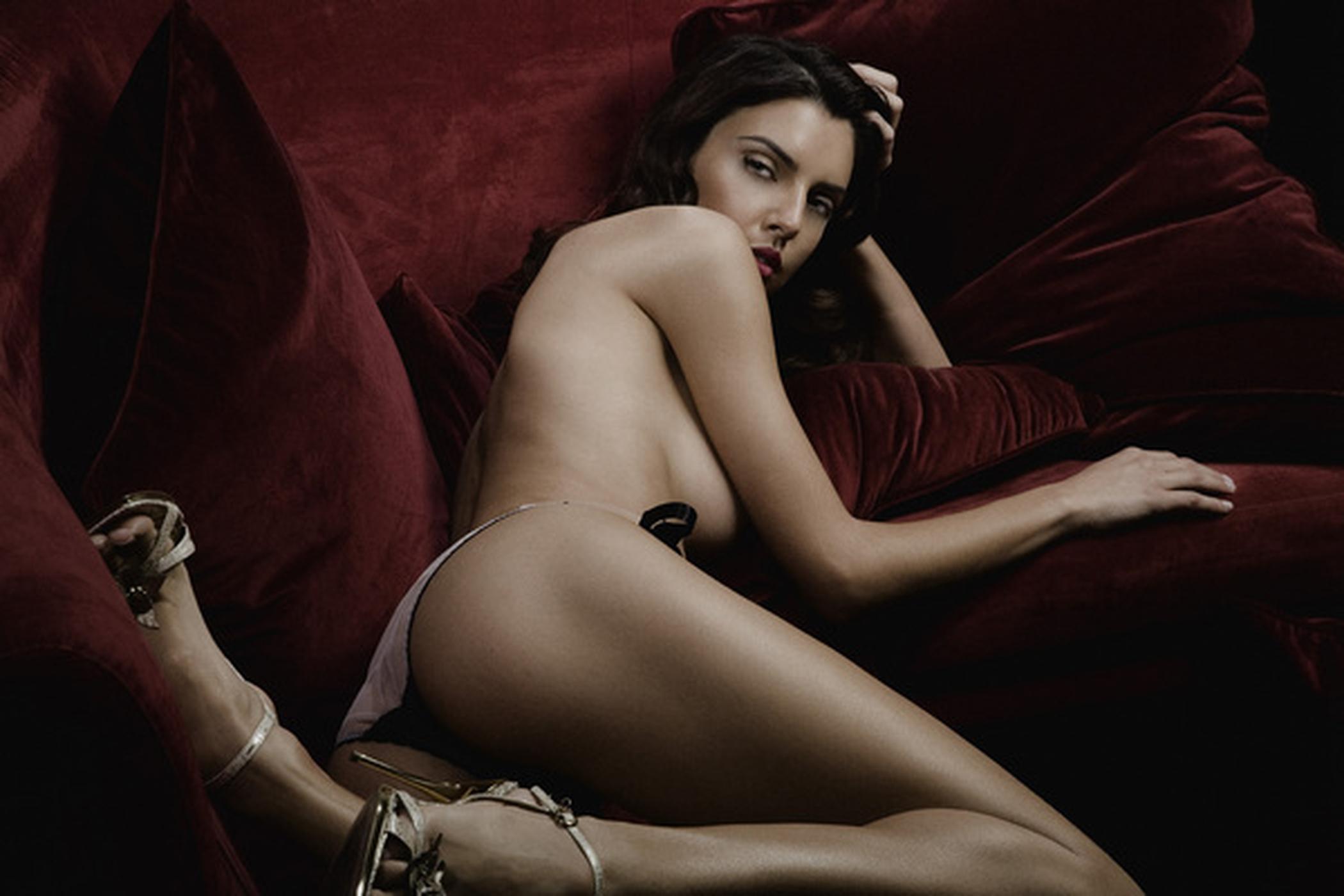 Смотреть сексуальное женское тело 8 фотография
