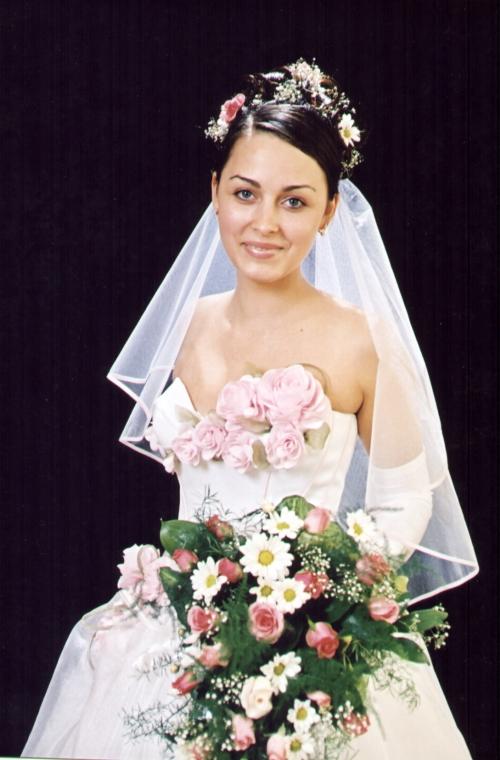 Красивые прически невесты фото.