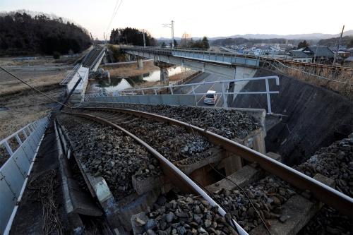 Землетрясение и цунами в Японии. Фоторепортаж. (HQ/2011) (348 фото)