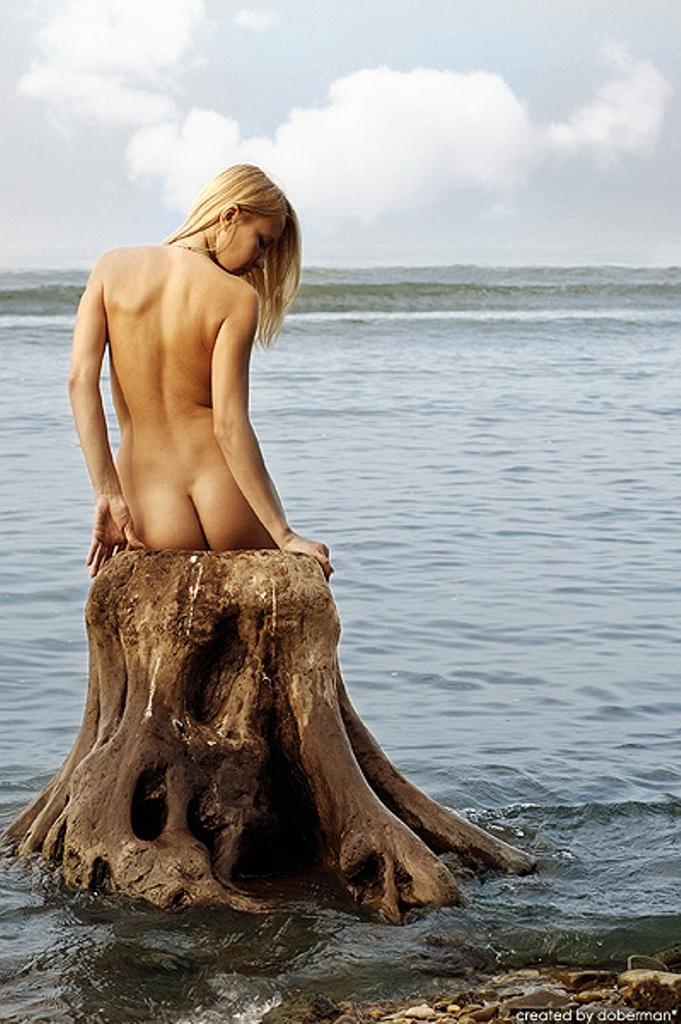 Голые девушки русалки