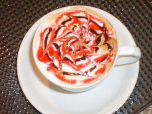 Рисунки в кофейной чашке. Лате арт. (46 работ)