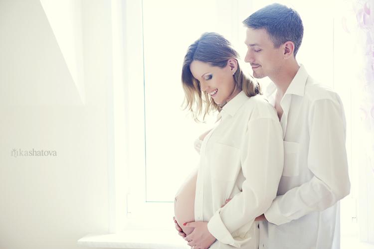 Беременная фотосессия в рубашке мужа 100