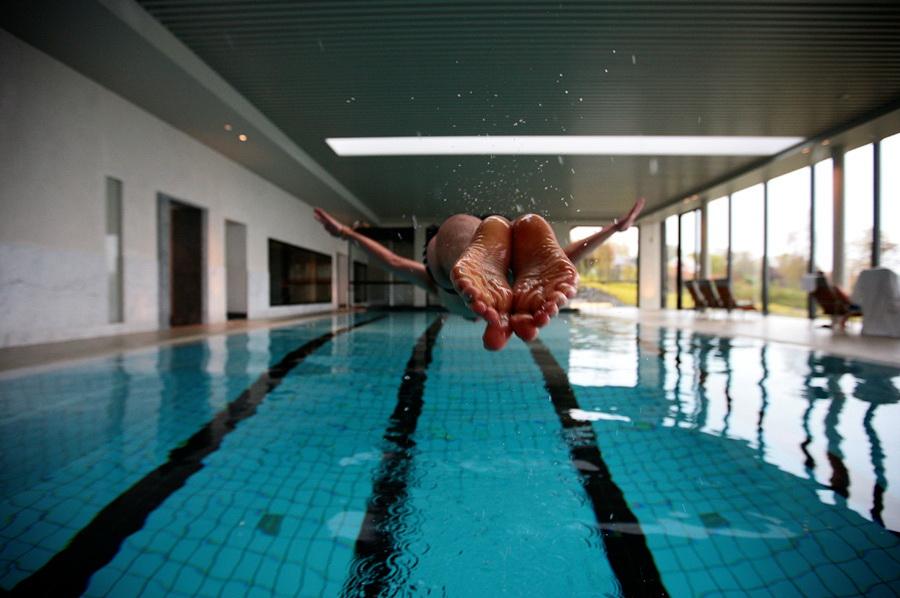 вертикальных фото приколы про бассейн того, состав входит