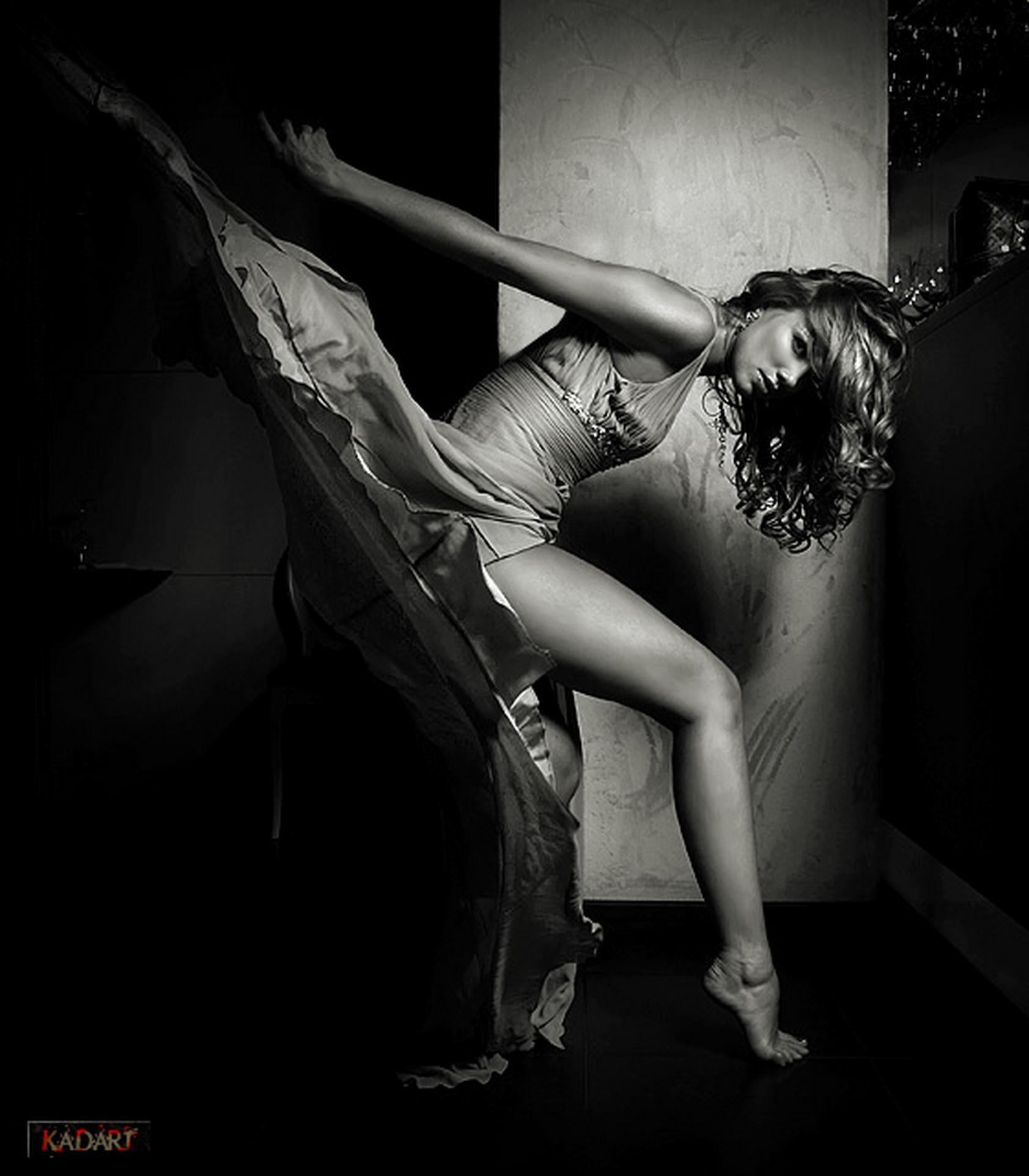 Фотографы жесткая эротика, закатилось в жопу яблочко