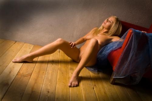 Шестой выпуск эротических работ от разных мастеров (160 фото)