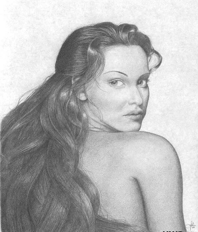 Рисованные картинки голых девушек карандашом 16 фотография