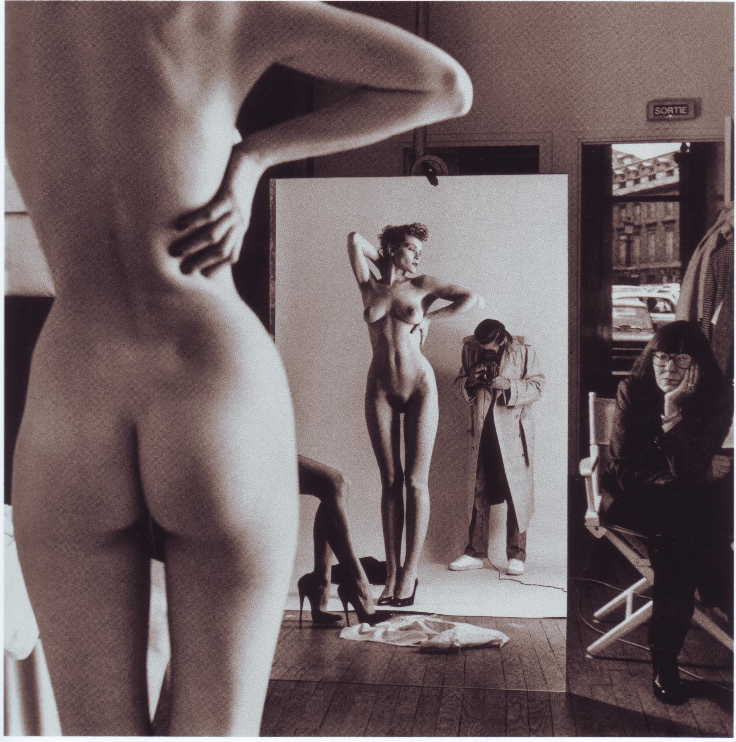 Эротическое фото черно белое классика 10 фотография