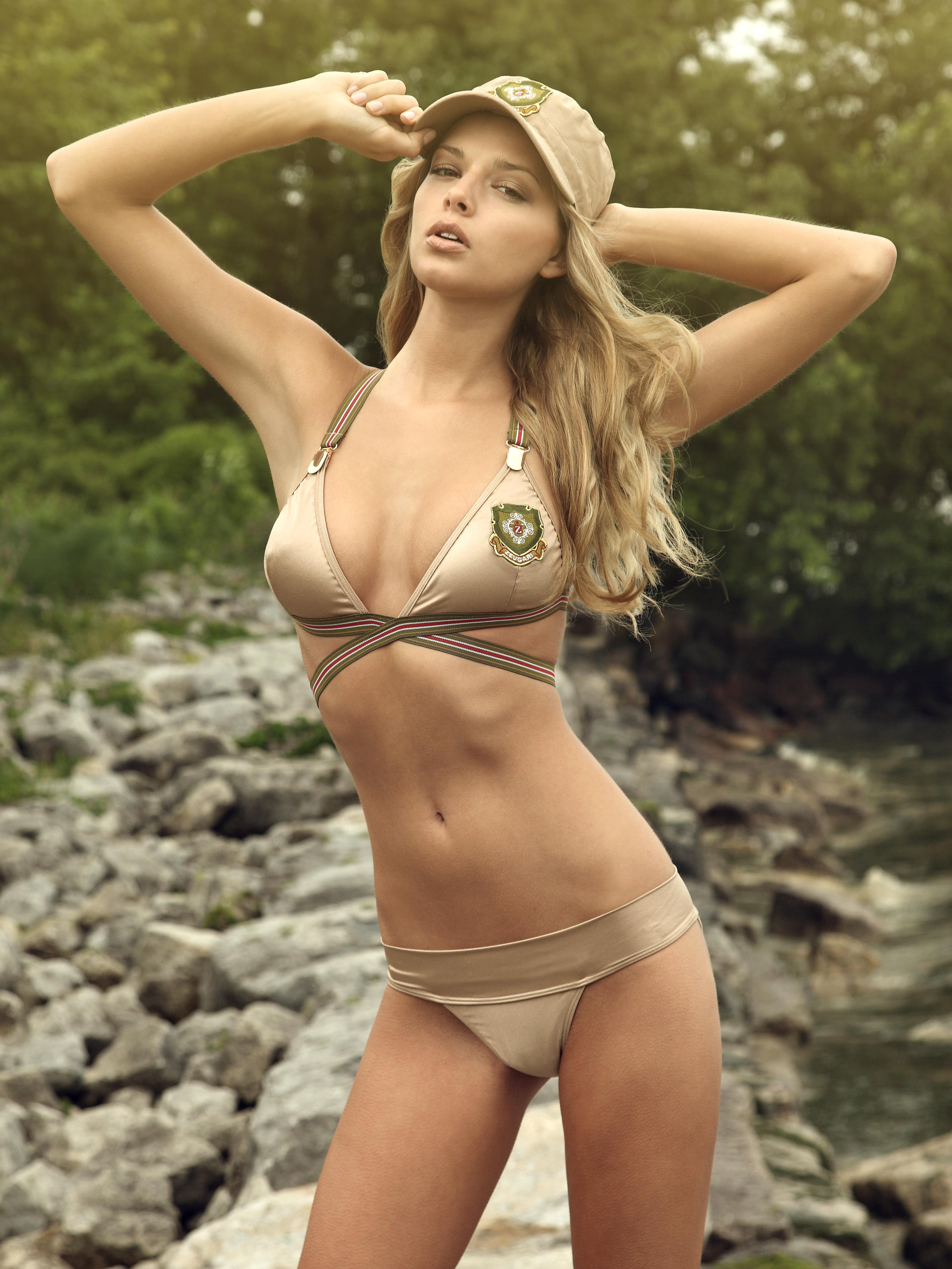 Фото девочек моделей голых 5 фотография