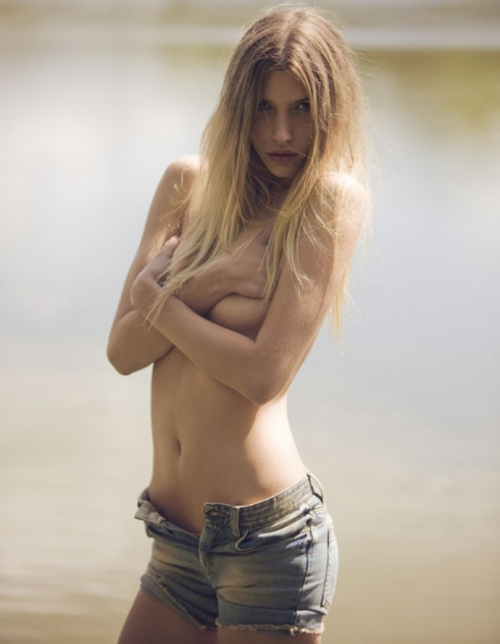 Chloe Bello (48 фото)