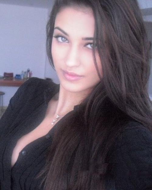 Антония - румынская певица (26 фото)