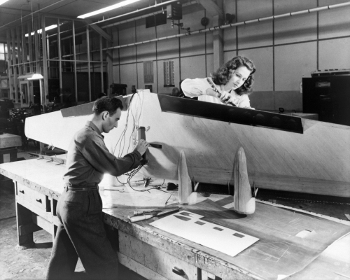 История американской аэронавтики в черно-белом фото. Стильная наука (31 фото)
