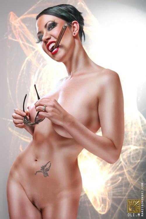 foto-erotika-brutalnie-zhenshini