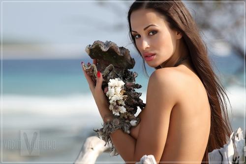 Фотограф ВАДИМ ШУМЕЙКО «Богиня моря» (16 фото) (эротика)