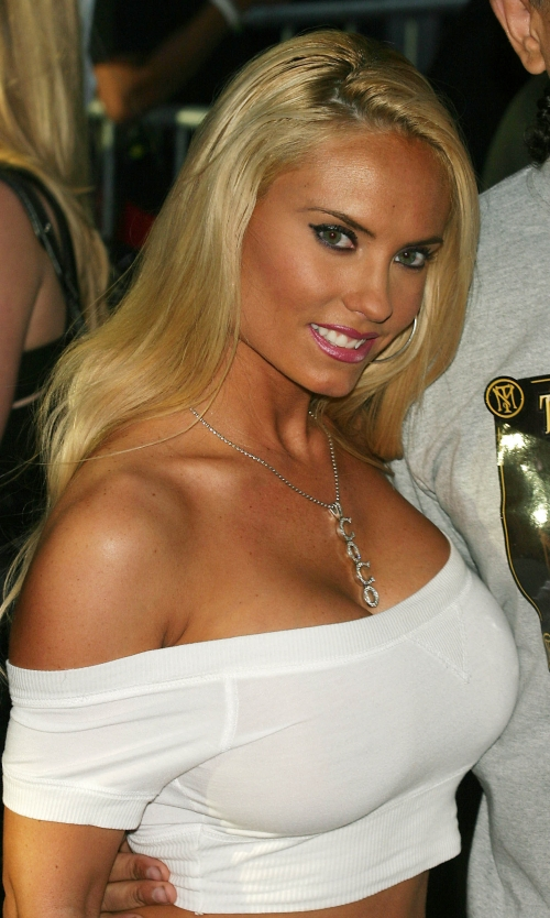 Nicole Coco Austin (34 фото)