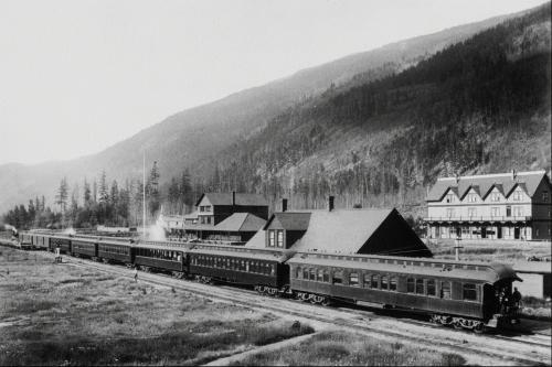 История канадской железной дороги в фотографиях / Historic Canadian Railway (100 фото)
