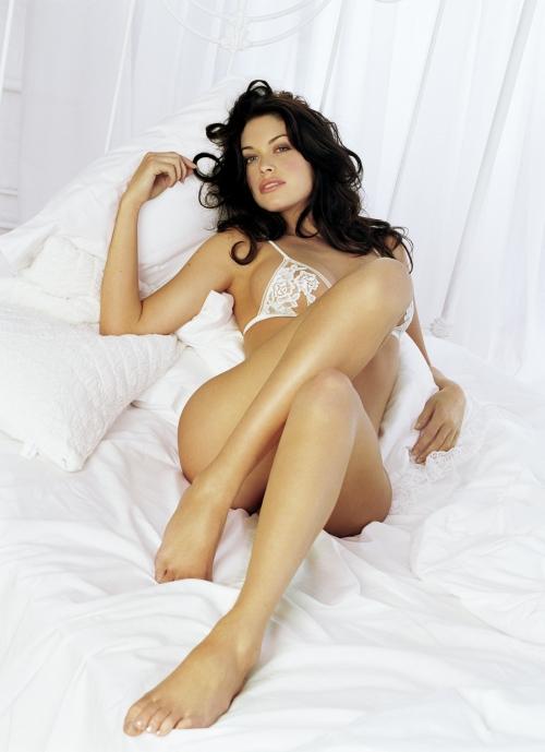 Kim Smith - Maxim Photoshoot (13 фото)