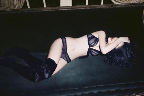 Катарина Ивановска. Фотосессия в нижнем белье от Andres Sarda (2009) (10 фото)
