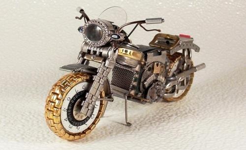 Мотоциклы из старых наручных часов (37 фото)