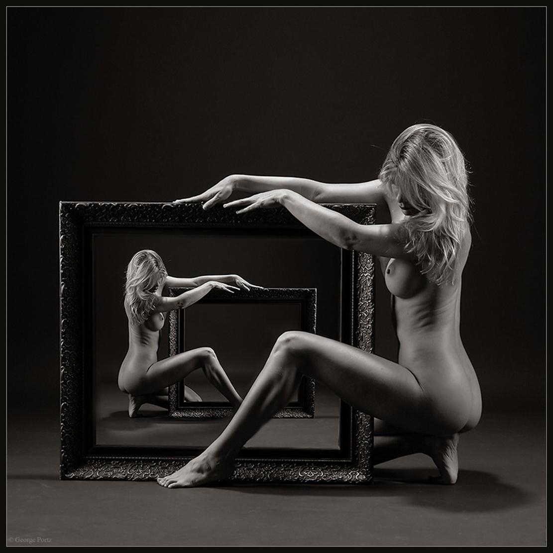 Черно белые фото девак голые 9 фотография