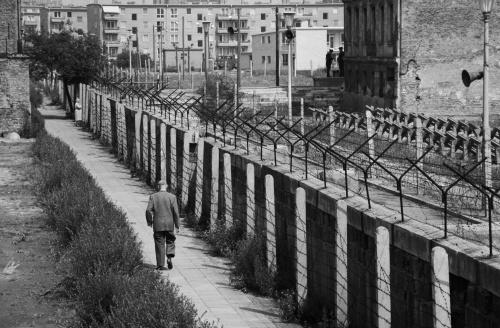 Amazing 20 Century Black and White Photos / Удивительный 20-й век в черно-белых фотографиях (95 фото) (1 часть)