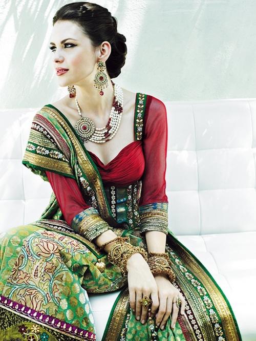 Прекрасные восточные женщины в фотографиях Suresh Natarajan (136 фото)