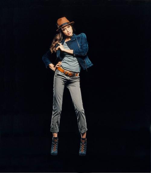 Irina Sheik - Photoshoot for Replay Fall-Winter 2011 (10 фото)