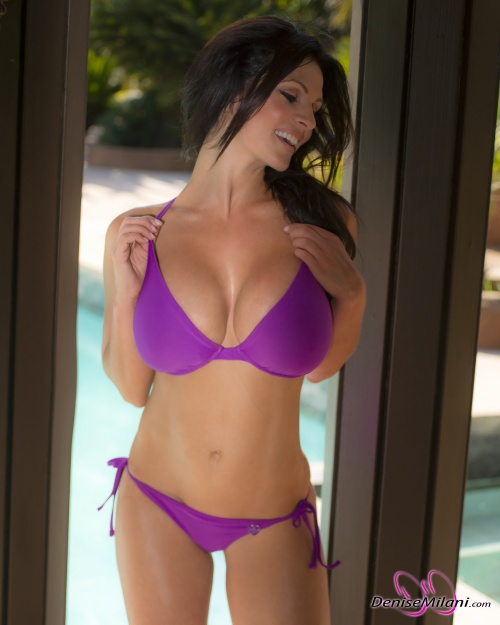Denise Milani - Lilac Bikini (18 фото)