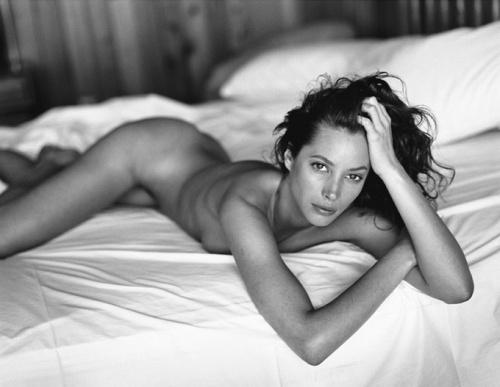 Фото звезд, которые зарезала цензура: Sante D'Orazio (127 фото) (эротика)